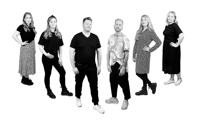 studiosession-ryhmäkuva-web-kuva-katrkallio